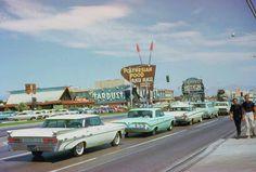 Las Vegas 1965 - source AmeriCar The Beautiful.