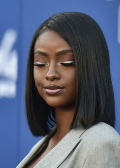 Justine Skye Photos Photos: 2018 Soul Train Awards – Red Carpet Singer Justine Skye attends the 2018 Soul Train Awards at the Orleans Arena on November 2018 in Las Vegas, Nevada. Beauty Makeup, Hair Makeup, Hair Beauty, Beauty Skin, Afro Hairstyles, American Hairstyles, Black Hairstyles, Soul Train Awards, Ebony Girls