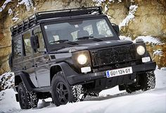 Boxy; check. Sqaure; check. Awesome; check. Absolutely love this utilitarian looking beast.