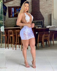 tight dresses with high heels. Tight Dresses, Club Dresses, Sexy Dresses, Short Dresses, Short Skirts, Hot Blonde Girls, Sexy Skirt, Dress Skirt, Manaus