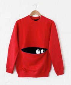 yeux pour décorer la poche d'un T-Shirt / Lazy Oaf Red Peekaboo Sweatshirt Boy Outfits, Casual Outfits, Cute Outfits, Sewing Clothes, Diy Clothes, Mens Sweatshirts, Hoodies, Boy Fashion, Fashion Outfits