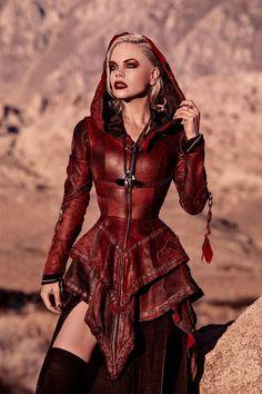 Gaia>> longer with no ruffles Fast Fashion, Womens Fashion, Fashion Trends, 50 Fashion, Fashion Videos, Young Fashion, Fashion Black, Fashion Styles, Fashion Jewelry