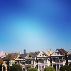 Full house--I want to visit this location! Ideal House, Full House, 2000s, Back In The Day, San Francisco Skyline, My Dream, Places To Visit, Lens, Childhood