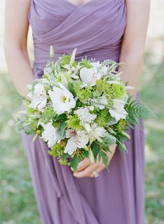 Simple bridesmaids' #bouquet Photography: Austin Gros - austingros.com  Read More: http://www.stylemepretty.com/2014/05/27/wisconsin-nature-reserve-wedding/