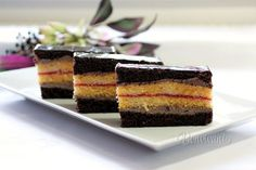 Pralinkové rezy • recept • bonvivani.sk Ham, Cheesecake, Food And Drink, Treats, Sweet, Cakes, Sweet Like Candy, Candy, Goodies