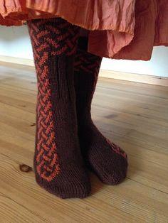 Ravelry: Legenda pattern by Pirjo Iivonen Crochet Socks Pattern, Knit Or Crochet, Knitting Patterns, Knitting Socks, Hand Knitting, Knit Socks, Knit World, Knitted Slippers, Patterned Socks