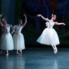 New York City Ballet in La Sylphide Photo © Paul Kolnik