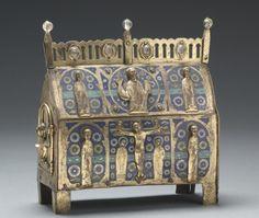 Chasse (lid), c. 1225-1250, France, Limousin, Limoges, Gothic period, 13th century, copper: repoussé, engraved, stippled, and gilded; champlevé enamel; oak core