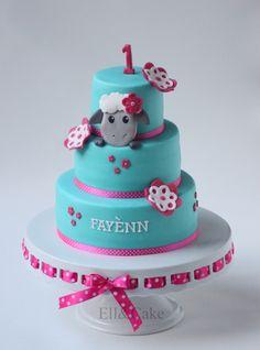 First birthday cake Sheep theme www.facebook.com/ellcake First Birthday Cakes, 1st Birthday Girls, 1st Birthday Parties, Sweet Life, Themed Cakes, Beautiful Cakes, How To Make Cake, First Birthdays, Sheep