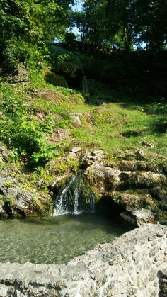THIS IS NATURAL HOT WATER THE TEMP IS APPROXAMATLEY 150 DEGREES A HOT SPRING RUNNING OFF THE MOUNTAIN SIDE*