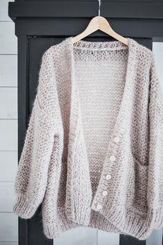 Cardigan tricoté à la main Mes Demoiselles ... Paris