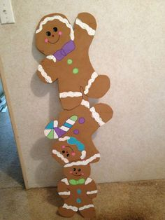 Gingerbread yard art More Más Candy Land Christmas, Christmas Yard Art, Christmas Gingerbread, Christmas Projects, Gingerbread Crafts, Gingerbread Men, Office Christmas Decorations, Christmas Themes, Gingerbread Decorations