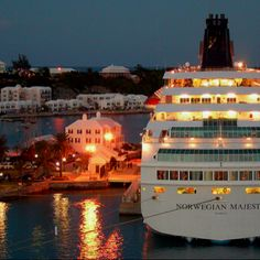 TRAVEL: Going on a cruise to Bermuda was an awesome experience. Since that trip, I have learned that I would love to travel the world someday. Going back to Bermuda would be fun, but I want to experience as many countries as possible. Cruise Vacation, Vacation Destinations, Vacation Ideas, Vacations, Oh The Places You'll Go, Places To Travel, Majesty Of The Sea, Tourism Website, Travel Couple
