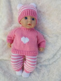 Knitted Doll Patterns, Knitted Dolls, Knitting Patterns Free, Free Knitting, Baby Knitting, Crochet Baby, Knitting Toys, Knitting Doll Sweaters, Knitting Dolls Clothes
