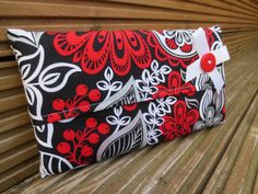 Tissue Cover – Travel Tissue Holder – Red, White And Black Retro Fabric – Hand Bag Accessory – Great Gift for Hayfever Sufferers – Baby Gift