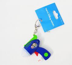 【楽天市場】トイストーリー バズライトイヤー☆ライトキーチェーン♪おもちゃ★光と音◆東京ディズニーリゾート限定◇TDR Toy Story Buzz Lightyear Toy Key Chain Limited in Tokyo Disney Resort:Panna House