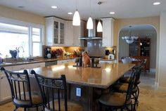 Kitchen Islands With Seating | Traditional Kitchen Island with Seating Design