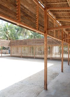 Image 10 of 31 from gallery of High School Thazin / Ackermann+Raff. Photograph by Julia Raff Vernacular Architecture, School Architecture, Bamboo Architecture, Primary School, Elementary Schools, Haiti, Rehabilitation Center Architecture, Francis Kere, Sustainable Schools