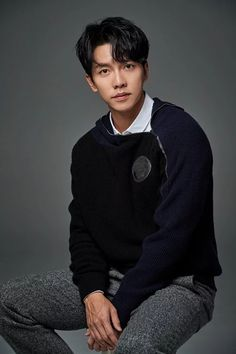 Lee Seung-gi Happy to Get Chance to Flex Acting Muscles in Latest Series Lee Seung Gi, Kim Min, Lee Min Ho, The King 2 Hearts, Park Hae Jin, I Love Cinema, Handsome Korean Actors, Latest Series, Lee Sung