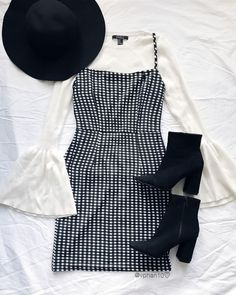 Plaid dress and boots Teen Fashion Outfits, Fall Outfits, Summer Outfits, Womens Fashion, K Fashion Casual, Retro Fashion, Cute Casual Outfits, Stylish Outfits, Cute Party Outfits