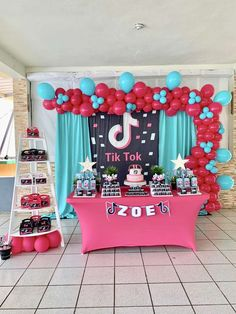 MCCustomParty_by_Mercedes 's Birthday / Tik Tok - Photo Gallery at Catch My Party 12 Year Old Birthday Party Ideas, Girls Birthday Party Themes, 13th Birthday Parties, Birthday Party Decorations, Paris Birthday, 10 Birthday, Room Decorations, Cupcake Party, Party Cakes