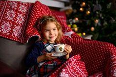 Pletený tovar pre rodinu. Christmas Mood, Couple Photos, Couples, Couple Shots, Couple Photography, Couple, Couple Pictures