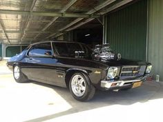 Holden and Cool Cars Australian Muscle Cars, Aussie Muscle Cars, Grease Monkey Garage, Hq Holden, Holden Muscle Cars, Holden Monaro, Big Girl Toys, Car Makes, Car Humor