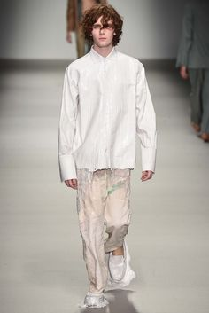 Central Saint Martins Fall 2015 Ready-to-Wear - Collection - Gallery - Style.com James Theseus Buck