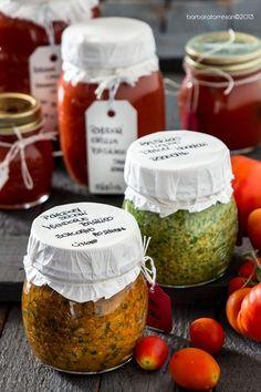 E' solo il 26 agosto e quindi siete ancora in tempo! Per cosa? Chutneys, Antipasto, Pesto, Food Storage, Food Humor, Fruit And Veg, Canning Recipes, Veggie Recipes, Food Inspiration