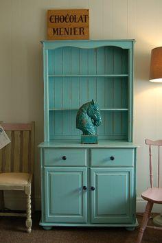 Dresser in Blue REDUCED FROM 59500 by peelingpaint on Etsy,   (sou louca para ter um armario nesse estilo)