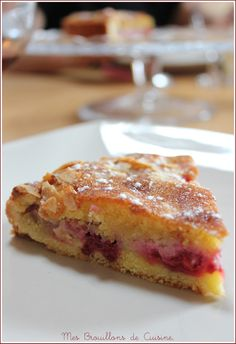 "Almond tart with raspberries - Tarte amandine aux framboises - ""Mes brouillons de cuisine ! No Cook Desserts, Just Desserts, Delicious Desserts, Dessert Recipes, Bon Dessert, Dessert Aux Fruits, Good Pie, Sweet Tarts, Quiches"