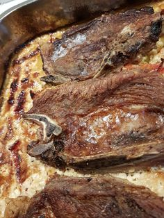 Pan Seared Steak with Garlic Butter Sauce Recipe Sauce Recipes, Pork Recipes, Pan Seared Steak, Garlic Butter Sauce, Norwegian Food, Portuguese Recipes, Portuguese Food, Home Food, Sweet And Spicy