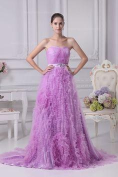 Soft sweetheart neckline ruffled tulle skirt wedding dress