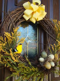 Pictures and tutorial for making a Spring Wreath.