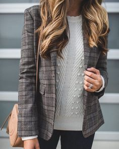 @theteacherdiva in the sweater of the season. Pair it with a classic blazer and fall's on. Shop her look via link in bio. #itsbanana
