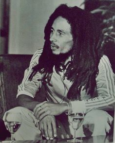 shared a photo from Flipboard Bob Marley Legend, Reggae Bob Marley, Bob Marley Pictures, Marley Family, Rasta Man, Marley And Me, Jah Rastafari, Robert Nesta, Deep Set Eyes