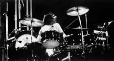Pin Drummer Keith Moon Main Style Rock Band The Who on Pinterest www.gopixpic.com1080 × 582画像で検索 keith moon pictures of lily drum kit  greatest drummers of all time - Google 検索