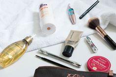 Inside My Gym Makeup Bag + Gym Proof Makeup