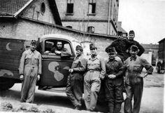 Hungarian mechanics and truck Defence Force, World War Ii, Hungary, Budapest, Ww2, Truck, Army, History, World War Two