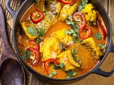 Baked Hake and Spinach Curry - Demand Africa Curry Recipes, Egg Recipes, Fish Recipes, Seafood Recipes, Indian Food Recipes, Chicken Recipes, Cooking Recipes, Healthy Recipes, Ethnic Recipes