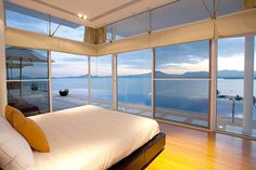 The Bay @ the Yamu –photos of luxury beachfront island homes in Phuket, Thailand.