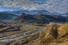River valley of Gusarchay (Azerbaijan) by Ilkin Kangarli Photo L, Top Photo, Turkish People, Cool Photos, River, Mountains, Country, World, Photography