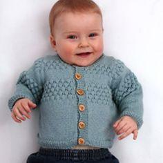 PDF-strikkeopskrift: Baby cardigan i sømandsmønstre, 56 – 98 cl Baby – Crochet models Knitting For Kids, Baby Knitting Patterns, Crochet For Kids, Baby Patterns, Crochet Baby, Baby Cardigan, Baby Pullover, Newborn Outfits, Kids Outfits
