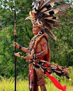 Photo Borneo, Filipino Culture, Indigenous Tribes, Tattoo Fonts, World Cultures, Ancient Romans, Tribal Art, Portraits, People Around The World