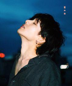 Free neck kiss for army. Foto Jungkook, Foto Bts, Jungkook Oppa, Bts Photo, Jungkook 2018, Jung Kook, K Pop, Seokjin, Namjoon