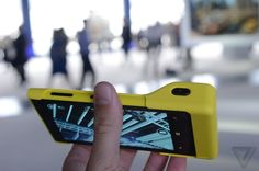 Nokia Lumia 1020 with camera grip & battery case