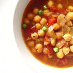 Frugal Moroccan spicy chickpea sup