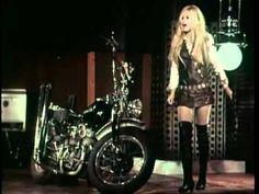 Brigitte BARDOT | Harley Davidson | 1967 | Paroles | Vidéo | Chansons pour étudier le français (vidéos & paroles)
