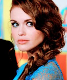 Holland Roden. I'm pinning this picture because of her hair :)