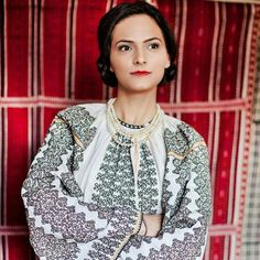 Folk Costume, Costumes, Romanian Girls, Folk Embroidery, Sari, Urban, Popular, Traditional, Blouse